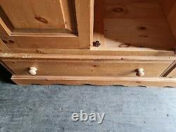 Wardrobe large 4 door 2 drawer solid pine