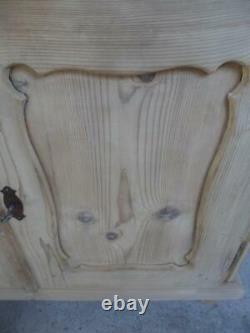 A Georgian Grand Antique / Old Pine 2 Porte 1 Dresser Base À La Cire / Peinture