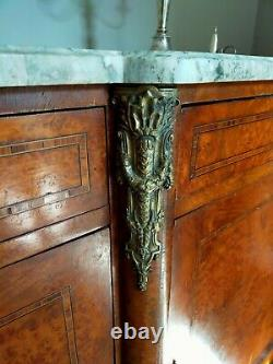 Antique Français Louis XV Style 4 Portes/3 Tiroir Grand Buffet Avec Plateau En Marbre