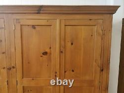 Grande Armoire En Pin Massif 4 Portes Avec Tiroirs Collection Ouverte Uniquement Aux Offres