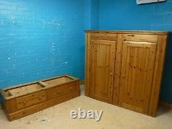 Wardrobe 2door 2drawer H204 W174cm- Voir Shop